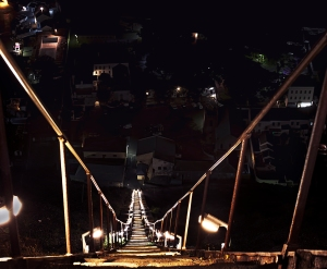 The My Nemeis Jacobs Ladder as seen at night. Bev shattered my time by a full two minutes and has left me questioning my manliness! I must beat her before we leave the Island!